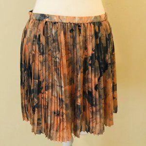BCBG Pleated skirt, size L